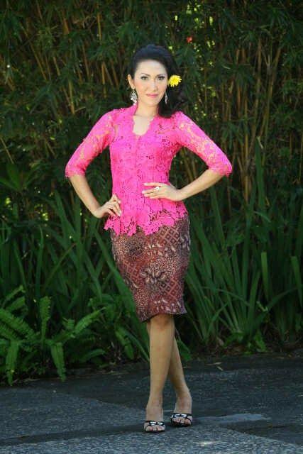 Modern Bali Kebaya Batik Mini Skirt