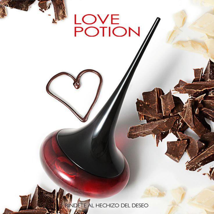 ¡Héchizate de la fragancia que está encantando a todo el mundo! Love Potion es una fragancia que contiene estimulantes afrodisiacos, como el jengibre y el chocolate, con el que enamorarás a quien sea. #Hechizo #LovePotion #Oriflame