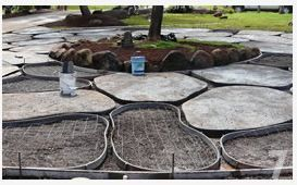 DIY concrete pavers looking like flagstone Love this for our back
