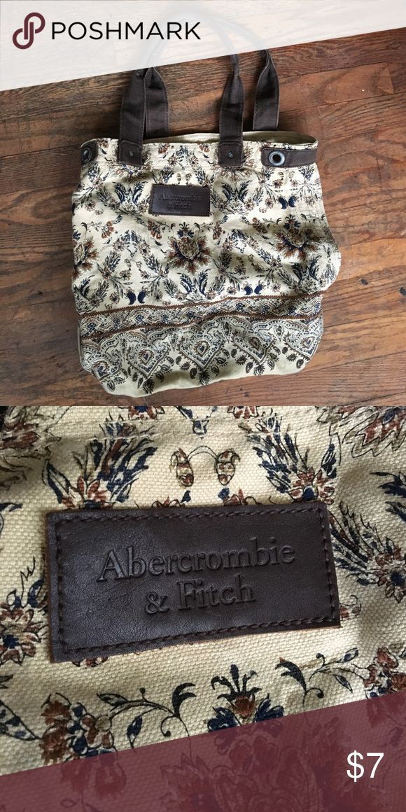 Abercrombie and Fitch paisley bag Canvas bag from Abercrombie and Fitch Abercrombie & Fitch Bags Totes