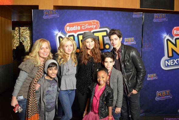 "NEW Nutritional Series on Disney Channel tonight:  Sneak Peek Video Preview of Peyton List & Karan Brar of Disney's ""Jessie"" on New Episodes of ""Pass The Plate"" Debuting Today #DisneyChannel Tweet w/ @TheKaranBrar Follow @♫ Peyton  http://www.redcarpetreporttv.com/2013/11/01/sneak-peek-video-preview-of-peyton-list-karan-brar-of-disneys-jessie-on-new-episodes-of-pass-the-plate-debuting-today-disneychannel-tweet-w-thekaranbrar-follow-peytonlist/"