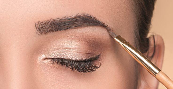 As sobrancelhas da moda são espessas e bem delineadas. Veja quais métodos estão disponíveis nas clínicas especializadas