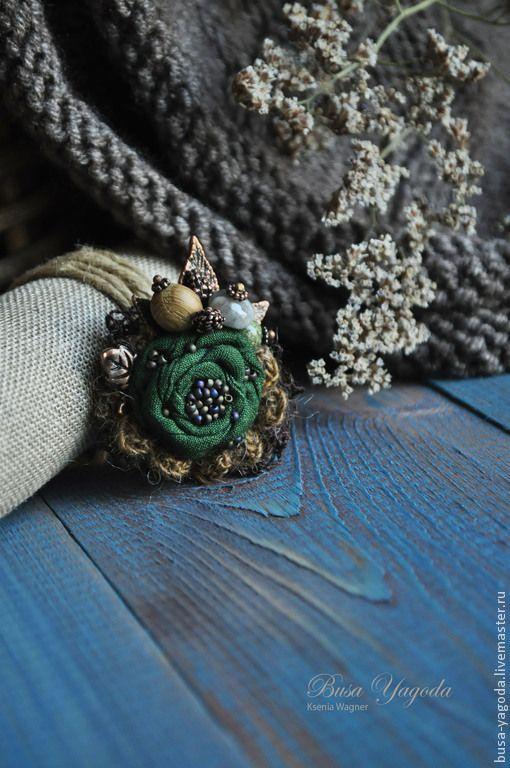 """Купить Брошь """"Хвойная"""" - тёмно-зелёный, брошь ручной работы, брошь с камнями…"""