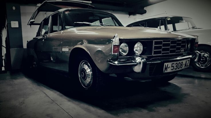 Find in Garage Rover 3500 P6 in perfect estate. Barcelona Spain