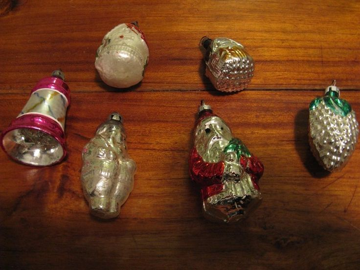6 xold Cristmas glass balls..2 Santa Claus, a bell, a pinecone, 2 houses,Cleanup #CristmasFigurine