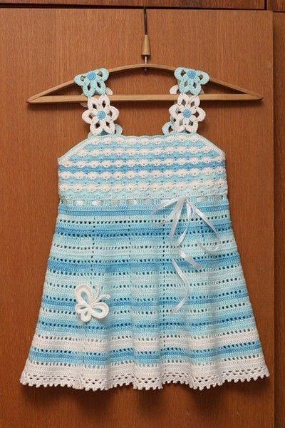 sukienka szydełkowa dla dziewczynki 01