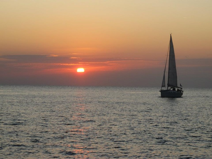 Sunset Cruise on Catamaran in #Santorini, Greece. One of the most beautiful places on earth <3