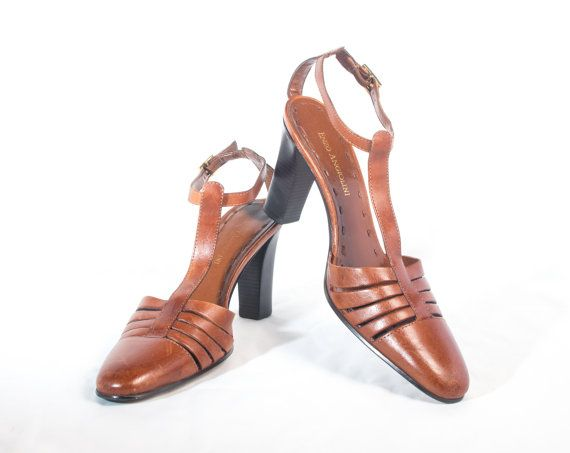 VTG 90's Brown Leather T Strap Heels size 6 Womens Mary Janes Honey Brown Strappy High Heels T-Straps Vintage High Heels Vintage Shoes