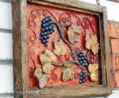 Добрый день,друзья!А я к вам-с картинами.Эти две картины-для декорирования дачи,на 2-й этаж,где обитают летом моя сестра с мужем,вот Косте эти картины и посвящены,потому что он -знатный виноградарь,выращивает вкуснейшие сорта винограда на нашем участке.А мы-с удовольствием вкушаем плоды его трудов! фото 7