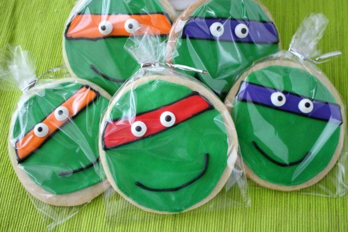 Teenage Mutant Ninja Turtle Cookies | framedfrosting.com
