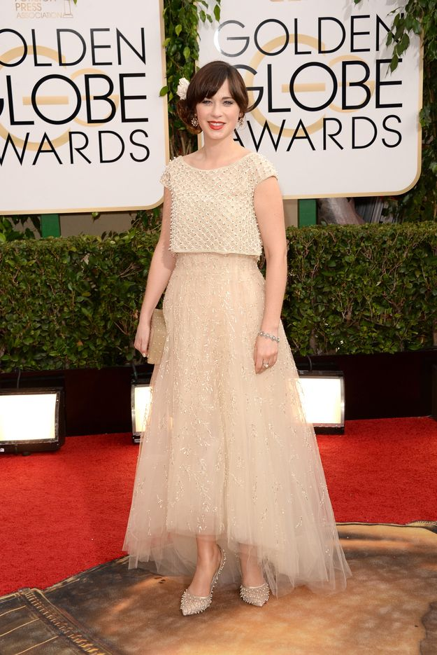 Zooey Deschanel | Fashion On The 2014 Golden Globes Red Carpet via BuzzFeed