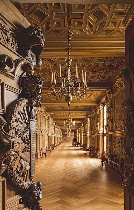 1000 ideas about chateaus on pinterest castles abandoned and france - Table des marechaux fontainebleau ...