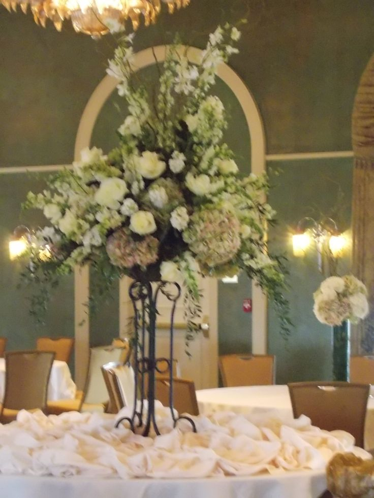 Hilton Downtown Baton Rouge Louisiana Flowers Are Done By Designs Milissa