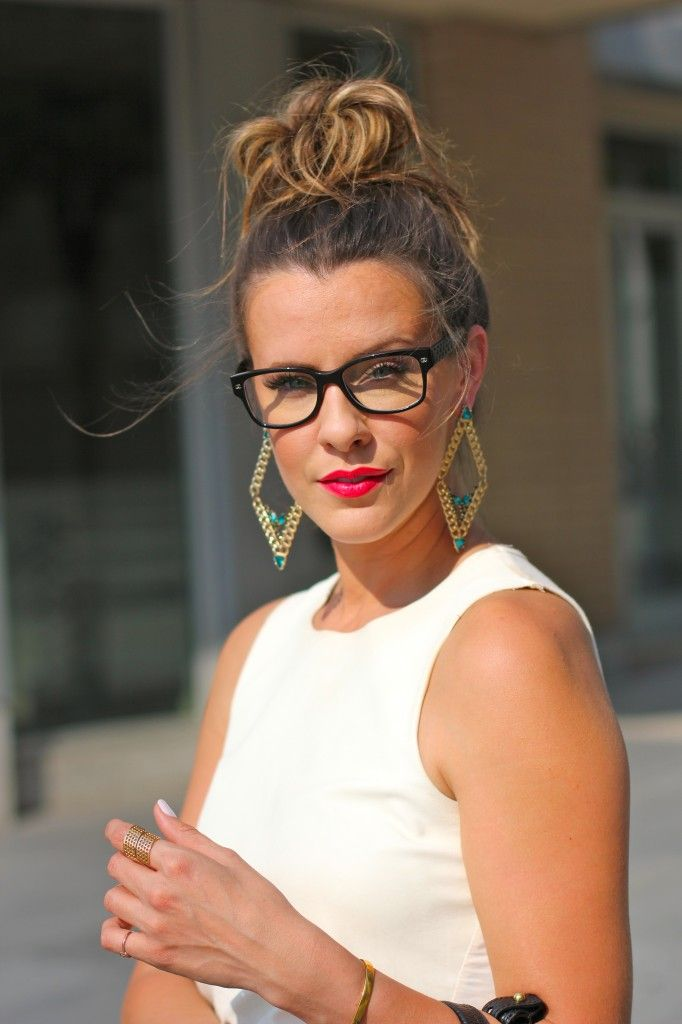 Chanel glasses + MAC Dragon Girl lips + topknot