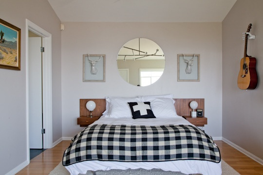 Clean and coxy! Alan Yang bedroom | via Apartment Therapy