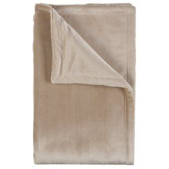 Throw – Rapee Australia Velvet Bear Camel Design This Velvet Bear Camel Throw would be a beautiful addition to any home. Suitable for the sitting room, bedroom, or in the living room. The Velvet Bear Camel Throw would make the perfect gift Cushion Details: · Velvet Bear Camel Throw · Cushion size: 127X152cm Single Side Faux Fur Throw With Matching Plush Reverse · Material: Polyester · Colour: Camel