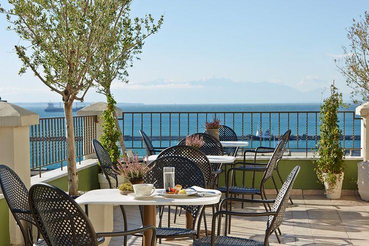 Zeus' balcony - ideal for coffee breaks!