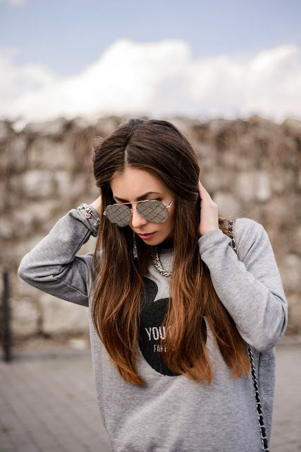 ROXOLANA @roxy.jacobs #sunglasses #girl #photo #mickey #pandora #mohito