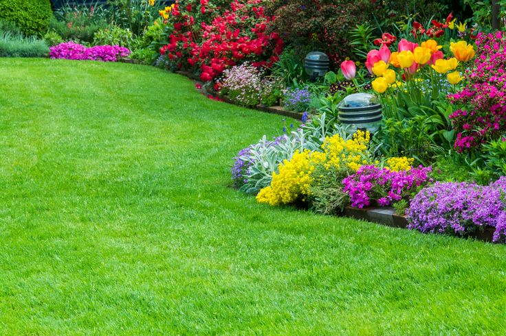 Top 4 Benefits of Garden Maintenance Services #dan330 http://livedan330.com/2015/07/30/top-4-benefits-garden-maintenance-services/