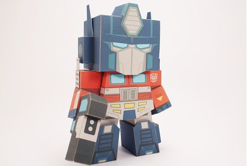 Transformers - Optimus Prime Free Papercraft Toy Download - http://www.papercraftsquare.com/transformers-optimus-prime-free-papercraft-toy-download.html#OptimusPrime, #Transformers