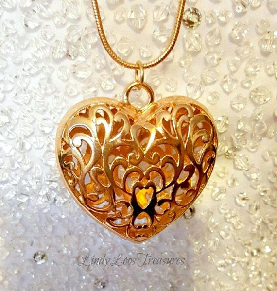 VALENTINE/'S DAY!! GORGEOUS Crazy Lace Agate Heart Pendant with Bail and 18 Stainless Steel Necklace