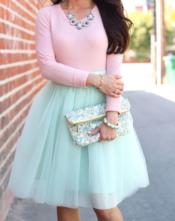 Pleated mint tulle skirt - blush tee - sequin clutch - bracelet and necklace //  Details here: http://www.stylishpetite.com/2014/04/mint-tulle-skirt-and-blush-tee-plus.html