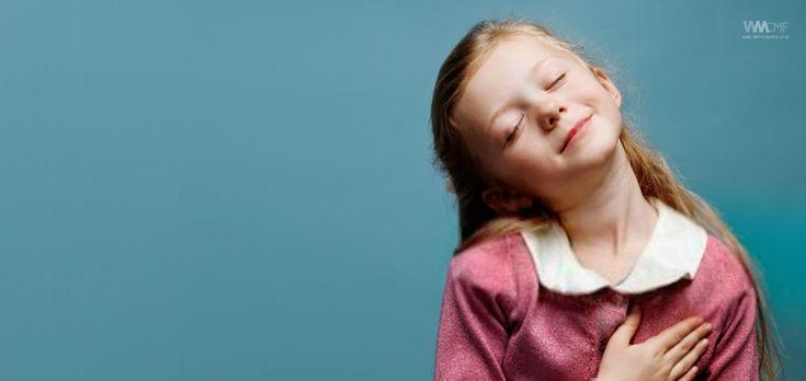 CÓMO APRENDEN LOS NIÑOS EL RESPETO A LOS PADRES: 10 CONSEJOS || La relación entre padres e hijos se aprende, y por lo tanto tiene un proceso. El respeto a los padres y entre los miembros de una familia, es uno de los principales valores para que http://webdelmaestrocmf.com/portal/como-aprenden-los-ninos-el-respeto-a-los-padres-10-consejos/?utm_campaign=crowdfire&utm_content=crowdfire&utm_medium=social&utm_source=pinterest