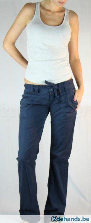 Blauwe broek van Bershka - Maat 40