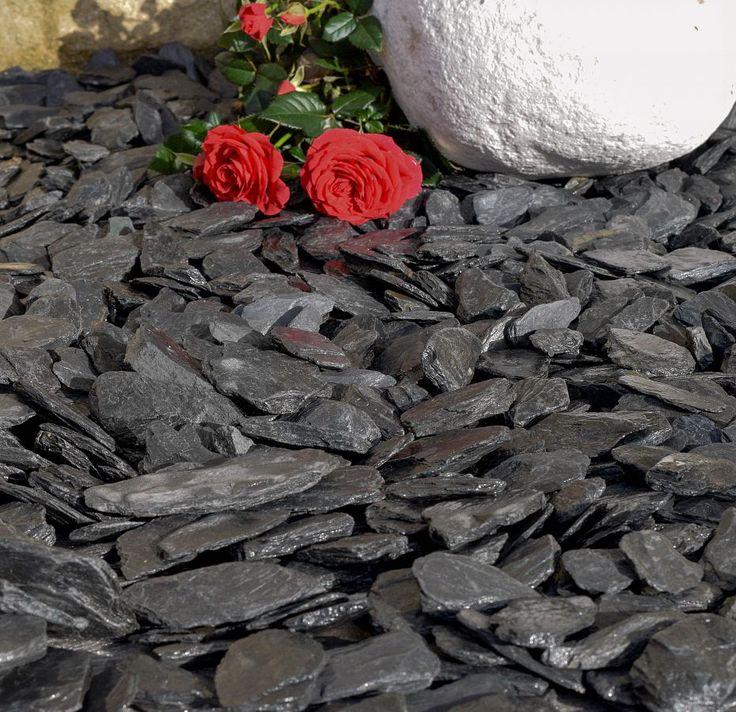Graphite Grey Slate Chippings 40mm | DecorativeAggregates.com