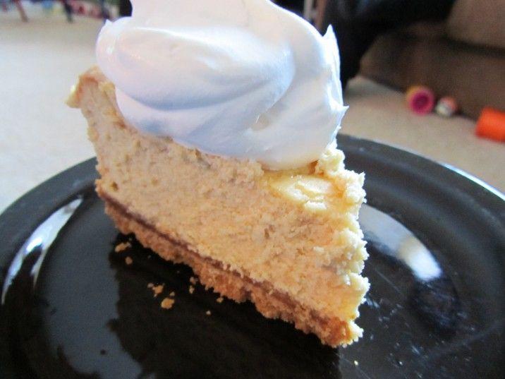 The BEST Baileys Irish Cream Cheesecake - you can actually taste the Baileys!