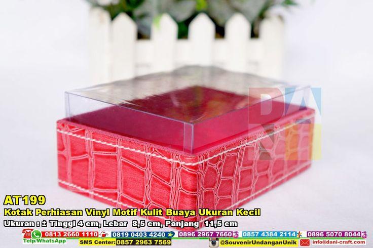Kotak Perhiasan Vinyl Motif Kulit Buaya Ukuran Kecil WA/SMS/TELP 0896 3012 3779 Pin BB 5E 9C1 BC6 #Kotakperhiasanmurah #kotakperhiasanunik #kotakperhiasanvinyi #kotakperhiasanmotifkulitbuaya #kotakperhiasanelegan #kotakperhiasanukurankecil #kotakperhiasanberbagaibentuk #kotakperhiasankombinasiwarna #KotakPerhiasan #JualPerhiasan #desainundanganPernikahan