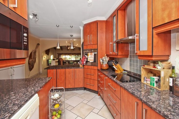 3 bedroom townhouse for sale in Morningside - What a spot to be in!