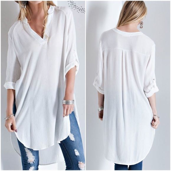 CLEARANCEOversized blouse. TOP 100% RAYON MADE IN USA. White. Small medium large. Tops Blouses