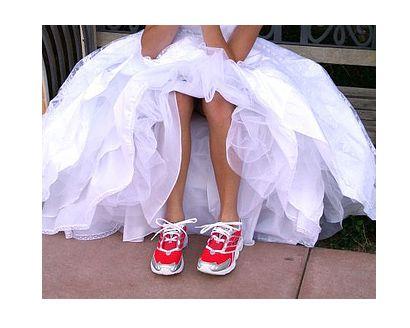 wedding kicks. #runningRunning Shoes, Fit Body, Fit Programs, Wedding Shoes, Workout Shoes, Get Fit, Bridal Parties, Wedding Workout, Bridal Accessories