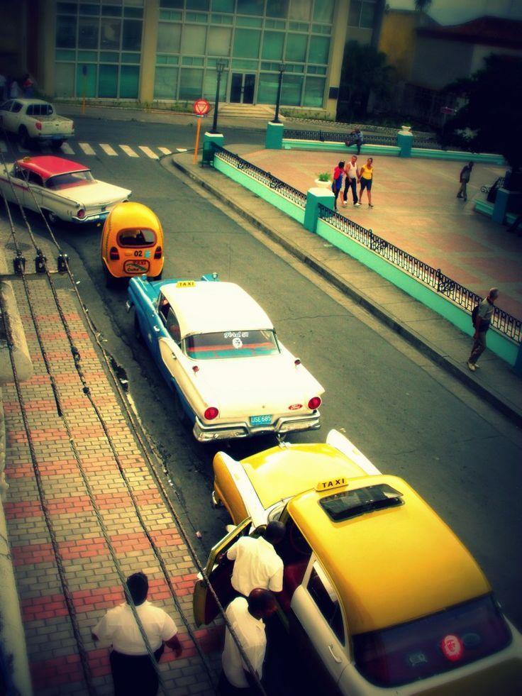 Midden Amerika reizen | Cuba | Santiago de Cuba | Amerikaanse oldtimers in Cuba