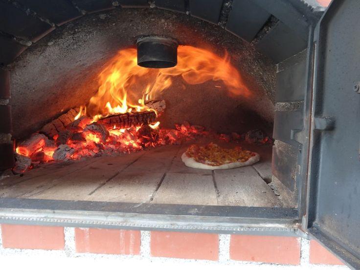 Hitze ist bei der originalen Pizza wohl die wichtigste Zutat!