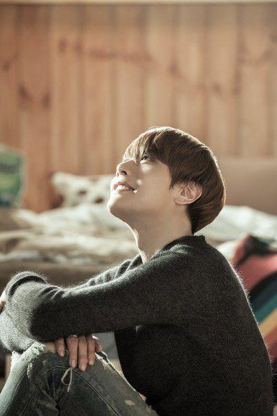 nice Quality teaser photo to Park Hyo Shin - Happy Together
