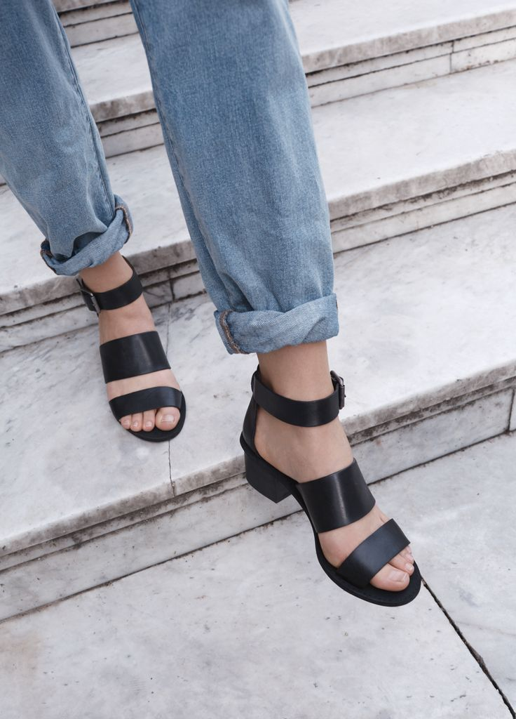 madewell warren sandal worn with the boyjean