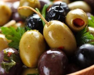 Olives marinées à l'huile d'olive pimentée et au poivron Croq'Kilos
