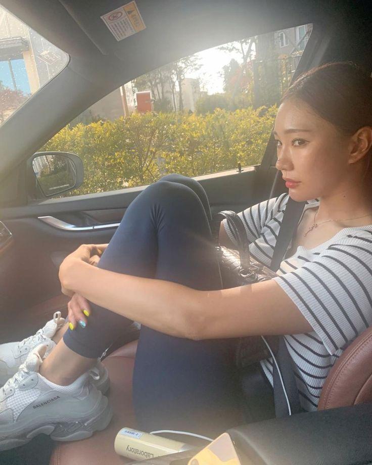 아찔한 골반 몸매 필라테스 강사 김민주 인스타그램 #2 : 네이버