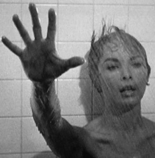 Il s'en passe de belles, sous la douche
