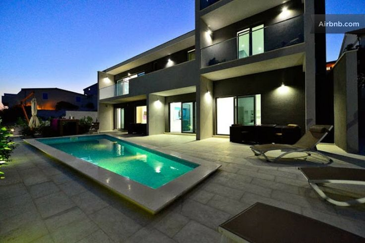 Modern Villa with Pool for 15 pax!! in Rogoznica