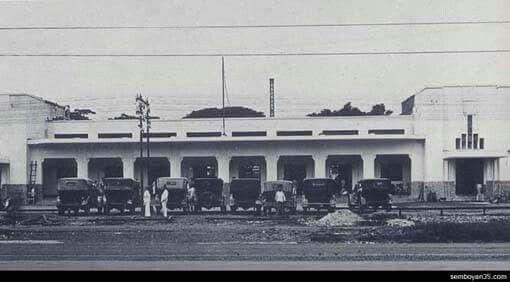 Stasiun Gambir, didirikan tahun 1930an