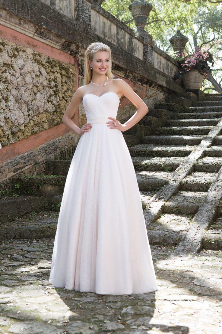 Sincerity Bridal Wedding Dress - Spring 2016 bridal collection | itakeyou.co.uk #weddingdress: