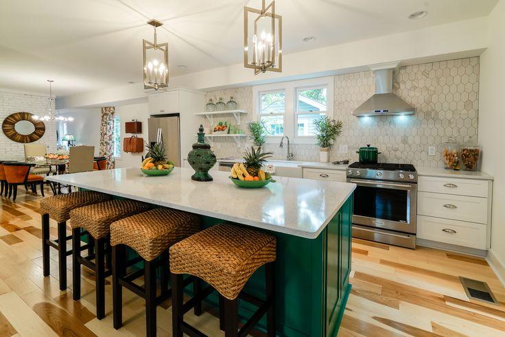 Simple Floor Plan  MOF Tropical  House - Kitchen