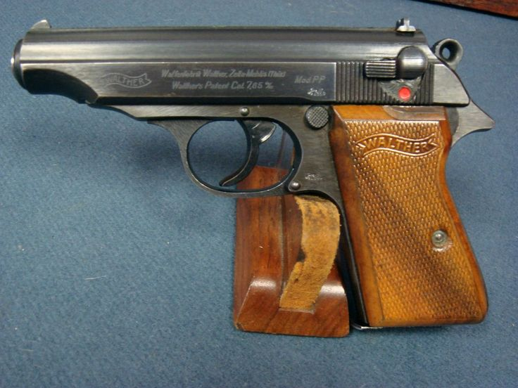 WALTHER PP MID WAR WAFFENAMTED WITH RARE WOOD GRIPS VERY SHARP!