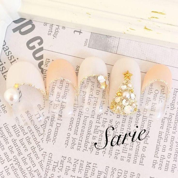 #nail #nails #nailart #nailsalon #nailstagram #naildesign #gelnail #ネイル #ネイルアート #ネイルデザイン #ネイルサロン #ジェルネイル #自由が丘 #sarie #Xmas #クリスマスネイル #冬ネイル #シンプルネイル #パール #ビジューネイル #ツリー #星 #スタッズ #フレンチ