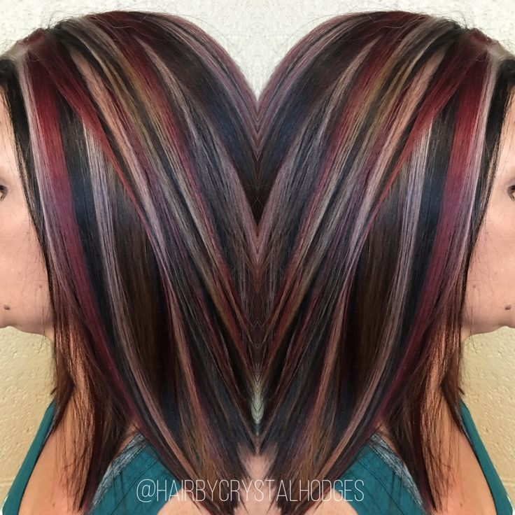 Chunky highlight red blonde brown http://niffler-elm.tumblr.com/post/157400195386/hairdos-for-short-hair-2017-short-hairstyles