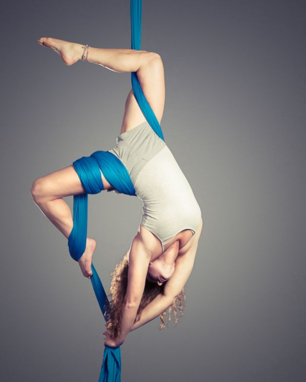 Elastano - tela especial para acrobacia, circo y columpios - hecho a mano por yoga-hammocks en DaWanda