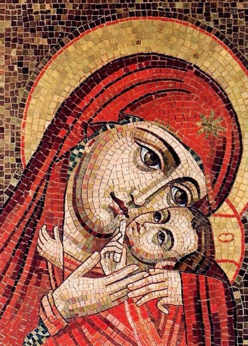 Mosaic detail of Mary and baby Jesus (Theotokos)